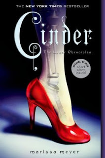 Cinder by Marissa Meyer (Lunar Chronicles #1)